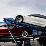 Tesla bliver ved med at tabe penge og analytikerne er nu begyndt at stille mere fundamentale spørgsmål om selskabet. Organisationen mangler fortsat at blive professionaliseret.