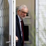 Efter et skuffende resultat i europaparlamentsvalget ventes Jeremy Corbyn nu at støtte kravet om en ny folkeafstemning.