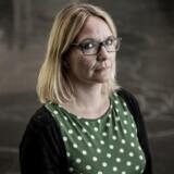 Sara Louise Muhr er professor på Institut for Organisation på Copenhagen Business School. Hun mener, at en årsag til, at der er så få kvinder i danske direktørstole, er, at ligestillingsprocessen er gået mere eller mindre i stå.