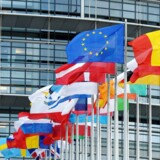»Danskerne ser ud til at ønske et EU, der går foran for at løse grænseoverskridende og globale problemer som miljø- og klima og skattesvindel og flygtningestrømme. (...) Danmark kan blive en kraftfaktor i den europæiske udvikling, hvis vores bidrag handler om fremdrift snarere end om modstand,« skriver Laurs Nørlund.