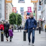 Debatten om, hvem der en dag skal overtage formandsposten efter Lars Løkke Rasmussen (V), blusser op fra tid til anden i Venstre. Oftere end i noget andet parti på Christiansborg. Jakob Ellemann-Jensens (V) navn er blevet en del af spekulationerne.