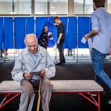 Stemmeprocenten ligger lunt i svinget. Her er vi på Nyboder Skole, hvor bl.a. Lars Løkke stemte tidligere i dag.