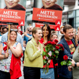 Opposition leader Mette Frederiksen from The Danish Social Democrats is meeting voters and is handing out roses in Aalborg, Denmark during the final day of the parliamentary elections in Denmark on Wednesday June 5, 2019.. (Foto: René Schütze/Ritzau Scanpix)