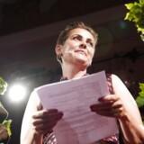 Pia Olsen Dyhr ankommer til SFs valgfest på Johan Borups Højskole