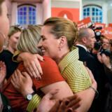 Socialdemokratiets formand Mette Frederiksen ankommer til Christiansborg på valgnatten 2019.