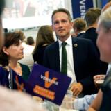 »Lad os nu se, hvad der sker,« svarede næstformand Kristian Jensen (V), da han blev spurgt til Lars Løkke Rasmussens (V) fremtid som formand for Venstre.
