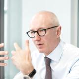 Efter to års patentslagsmål i USA indgik Novo Nordisk og topchef Lars Fruergaard Jørgensen i foråret en fredsaftale med Teva og Kåre Schultz, som betyder, at Teva kan sende en Victoza-kopi på markedet i USA i 2023.