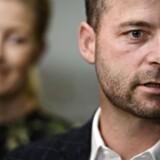 Morten Østergaard og Sofie Carsten Nielsen ved regeringsforhandlingerne med Socialdemokratiet onsdag på Christiansborg.