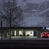 I Ørestad koster en beboerlicens til bil omkring 12.000 kroner om året. Men så er det også i p-hus.