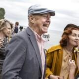 "Anders Refn instruerer ""De forbandede år"" Bodil Jørgensen bliver sminket og Julie Agnete Vang taler med Anders Refn. Fotyo: Niels Ahlmann Olesen"