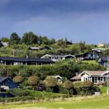Der er i øjeblikket et stort udvalg af sommerhuse til salg.