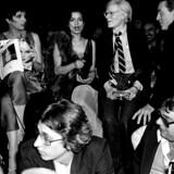 Liza Minnelli, Andy Warhol, Bianca Jagger og modedesigneren Roy Halston Frowick på Studio 54 i 1978. Natklubben eksisterede kun tre år.