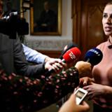 Mette Frederiksen fra Socialdemokratiet taler med pressen efter dagens regeringsforhandlinger i Landstingssalen på Christiansborg, søndag den 23. juni 2019. Foto: Philip Davali/Ritzau Scanpix