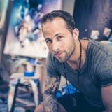 Mikael B. med det borgerlige navn Mikael Brandrup har boet i Los Angeles de seneste fem et halvt år.