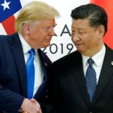»USA gør sig klar til at hindre, at verden bliver sinificeres, bliver genstand for kinesisk gennemtrængning, indflydelse og indblanding. Problemet er, at Kinas politik på dette område er meget mindre omfattende end det omvendte: USAs indflydelse på Kina,« skriver Bertel Heurlin.