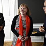 Joy Mogensen er et selvstændigt, voksent menneske, som har taget en modig og sikkert også svær beslutning om at få et barn alene samtidig med, at hun skal være minister.