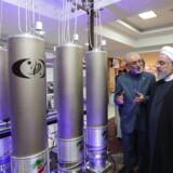 Irans præsident, Hassan Rouhani, har beordret sine forskere til at berige uran op til fem procent stik imod atomaftalen. Iran kan derfor have taget sit første skridt mod at blive en atommagt.