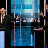 De omtrent 160.000 medlemmer af Det Konservative Parti skal stemme om, hvem af de to kandidater, de ønsker som partileder: Boris Johnson eller Jeremy Hunt.