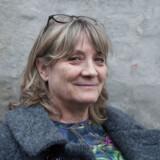 Anni Pape har modtaget en stævning fra NJORD Law Firm for at have downloadet og delt pornofilmen »Big tits only«. Hvis ikke hun kan bevise sin uskyld, kommer det til at koste hende mange penge.