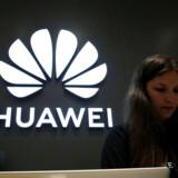 Det kinesiske teleselskab Huawei har længe været sortlistet af de amerikanske myndigheder. Men nu er en række amerikanske techvirksomheder blevet inviteret for at diskutere, om forbuddet for salg af udstyr til Huawei kan lempes.