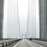Storebæltsbroen er et af Danmarks smukkeste bygningsværker – og den er lavet af beton. Uden beton ville den ikke findes.