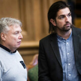 Uffe Elbæk og René Gade under statsministerens spørgetime i folketingssalen.