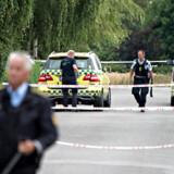 En formodet bevæbnet mand har forskanset sig et en ejendom på Tåsinge, tirsdag den 30. juli 2019. Fyns Politi er i gang med en større politiaktion på Tåsinge, fordi de har mistanke om, at der er en bevæbnet person i et hus.. (Foto: Michael Bager/Ritzau Scanpix)
