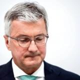Kilder tæt på sagen bekræfter overfor Reuters, at Stadler nægter ethvert kendskab til sagen.
