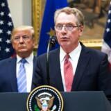 USAs handelsudsending Robert Lighthizer har i årevis ønsket at få Kina ned med nakken rent handelspolitisk, og her har han en forbundsfælle i præsident Donald Trump. De to præsenterer her en ny handelsaftale om oksekød med EU på et pressemøde 2. august i år.