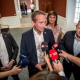 Lars Løkke Rasmussen præsenterer Jakob Ellemann-Jensen som politisk ordfører, Kristian Jensen som gruppeformand og Sophie Løhde som ny næstformand efter Venstres gruppemøde på Christiansborg i København.