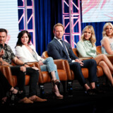"Gabrielle Carteris, Brian Austin Green, Shannen Doherty, Ian Ziering, Jennie Garth og Tori Spelling medvirker som sig selv i ""BH90210"" Foto: REUTERS/Mario Anzuoni"