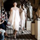 Mark Kenly Domino Tan viste stilsikker skønhed ved sit show under Copenhagen Fashion Week.
