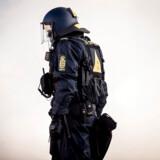 PTSD-ramte betjente skal have bedre forhold, mener flere partier. Aktivfotoet viser politi i Albertslund i forbindelse med en Rasmus Paludan-demonstration i april 2019.