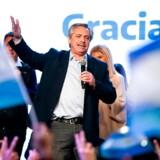 Den populistiske, venstreorienterede præsidentkandidat Alberto Fernandez fik overraskende stor opbakning under weekendens primærvalg i Argentina. Foto: Frente de Todos/AFP/Ritzau Scanpix