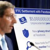 24. juli langede formanden for de amerikanske konkurrencemyndigheder FTC, Joe Simons, Facebook en bøde på fem milliarder dollars for lovstridig håndtering af brugernes private data. Nu er han i gang med nye undersøgelser af teknologigiganternes magt og er om fornødent klar til at tvangsopsplitte selskaberne. Arkivfoto: Yuri Gripas, Reuters/Ritzau Scanpix