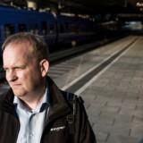 Ture Ertmann er medlem af »Pendlerklubben Kystbanen«, der har omkring 7.000 togpendlende medlemmer. Selv håber han, at regeringen finder en intelligent løsning, som ikke ligner den, man så under flygtningekrisen i 2015.