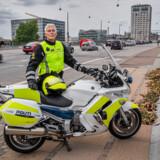 Henrik Schmeisser, politiassistent, Københavns Færdselspoliti, på Langebro, hvor en af hans kollegaer mistede livet på grund af en vanvidsbilist.