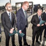 Blå blok beskrives som værende i krise. Fem nestorer fra blå blok fortæller sine bud på, hvordan vejen ud af krisen skal være for et borgerligt Danmark, der i fællesskab skal finde sin plads i oppositionen.