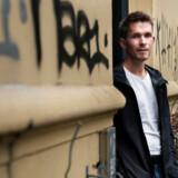 24-årige Daniel Hansen Pedersen kan godt lide tanken om at dele sin bolig med andre – og samtidig få et vigtigt bidrag til huslejen. Han har både prøvet at leje et værelse ud til studerende og at leje ud i weekender og ferier til turister gennem Airbnb.