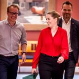 Tidligere departementschef Leo Bjørnskov frygter for falgligheden i Socialdemokratiets nye politiske sekretariater, som blandt andre Mette Frederiksens særlige rådgiver, Martin Rossen (tv.) kommer til at stå i spidsen for.