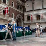 Der stemmes til folketingsvalget 5. juni 2019. Her på Københavns Rådhus - hvorfra nogle medlemmer af Borgerrepræsentationen tog orlov med løn for at kunne passe deres valgkamp andetsteds. Nu efterlyser de selv smidigere regler.