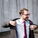 »Et portræt af en ulykkelig overklassesøn, der på grund af manglende forudsætninger (han kan ikke læse, men har hørt et par lydbøger) og fravær af mening med tilværelsen falder pladask for New age og Singularity University som han tilfældigvis støder på,« skriver Berlingskes anmelder om Erick Thürmers bog »Den sprituelle CEO«.