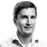 »Alverdens erhvervsledere har bidraget til en bedre verden alene ved at tale sammen stille og fredeligt, da de mødtes forleden i Davos ved World Economic Forum (WEF). »Make money, not war,« burde være et mere populært slogan,« skriver Christopher Arzrouni.