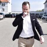 Politisk ordfører Jakob Ellemann-Jensen udtaler sig til pressen efter formandskabets afgang.