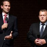 Det er ikke første gang, at formandskabet har været under heftig debat i Venstre. Her er Kristian Jensen og Lars Løkke i 2014 efter den angivelige »kælderaftale« var indgået.