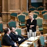 Jakob Ellemann-Jensen og Inger Støjberg repræsenterer forskellige fløje i Venstre, og ifølge Berlingskes politiske kommentator sidder de i øjeblikket i forhandlinger om en politisk linje for partiet. De er begge nævnt som emner til formandskabet i partiet.