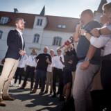 På billedet Jakob Ellemann-Jensen, der efter hovedbestyrelsesmødet i Venstre lørdag, udtalte sig til pressen, efter Lars Løkke og Kristian Jensen havde trukket sig fra formandsposterne.