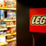 Lego fortsætter med at vokse, men det går den forkerte vej med indtjeningen.