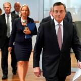 Økonomer og investorer vil lytte nøje efter, når ECB-chef Mario Draghi holder pressemøde torsdag eftermiddag. Forventningen er, at ECB vil sætte renten yderligere ned og sætte gang i et milliardstort opkøb af obligationer.