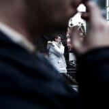 En analyse fra Skatteministeriet viser, at man kradse flere afgifter ind på på tobak, hvis man sætter prisen på tobak en smule op ad gangen.